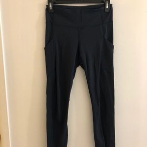 Dark blue lulu leggings with pockets